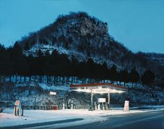 Article about Alec Soth, IARP fall 2014.   How to tell stories through photography Magnum photographer Alec Soth has been telling the stories behind America's outsiders for over a decade – here's how. Dazed. Article by Amy Newson
