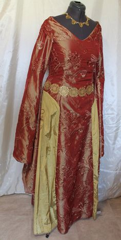 Bust 37 Cersei Game of Thrones Dress by RecycledRockstah on Etsy