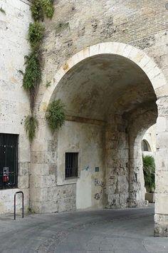 Porta dei Leoni, Cagliari, Sardegna, Sardinia