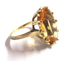 Art Deco 585 gold ring / Solitary ring with large citrine of approx. 10 x 16 mm, Oval-cut, marked SKN 585 Gold Ring, Gold Rings, Wedding Rings Simple, Citrine Ring, Gold Art, Jewelry Sets, Beaded Jewelry, Cuff Bracelets, Art Deco