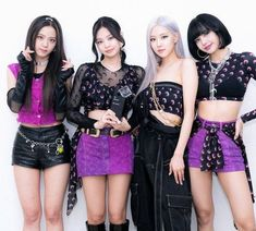 Kpop Girl Groups, Korean Girl Groups, Kpop Girls, Black Pink Kpop, Korean Makeup Look, Mileena, Jennie Kim Blackpink, Blackpink Photos, Blackpink Fashion