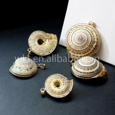 WT-JP007 Wholesale natural clearance swirl gold edged Shell
