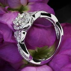 WOMEN'S LADIES 1.10 CT ROUND CUT HALO STYLE DIAMOND ENGAGEMENT RING #aonedesigns #SolitairewithAccents #EngagementWeddingAnniversaryPromiseMothersDay