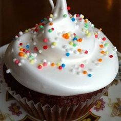 fluffy white frosting allrecipes com very good marshmallow type icing ...