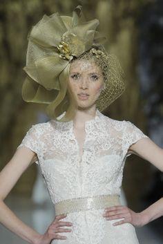 Desfile de Pronovias en Barcelona Bridal Week 2013 | Moda nupcial | Vestidos de novia.  #BcnBridalWeek #Novias #Brides http://www.barcelonabridalweek.com