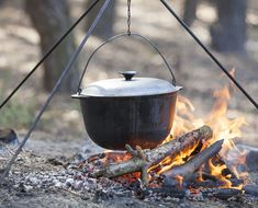 A Dutch oven can completely change your camping experience. Here is how to use them, clean them, season them, plus a bunch of great recipes to get you started cooking with a Dutch oven on your next camping trip. Camping Food Make Ahead, Dutch Oven Camping, Camping Meals, Camping Recipes, Camping Cooking, Family Camping, Camping Hacks, Vegetarian Camping, Camping Dishes