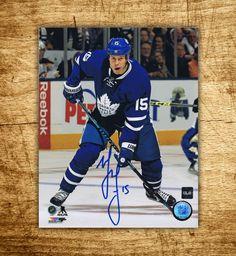 Matt Martin Toronto Maple Leafs Autographed 8×10 Photo