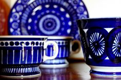 Arabia Finland-Valencia pattern.  Matt's mom has these dishes and i LOVE them!  love the blue