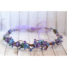 Purple blue woodland crown, Violet and Blue Fose Crown, Flower Crown,... (69 BRL) ❤ liked on Polyvore featuring accessories, hair accessories, paper flower crown, paper flower garland, paper crown, floral garland and bridal crown