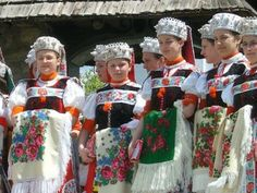 Hotels in Romania, Bucharest Romania Hotels: Romania Costumes Around The World, Folk Dance, Folk Costume, Harajuku, Culture, How To Wear, Clothes, Beautiful, Hotel Reservations