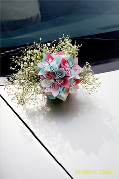 Origami decoration for the car