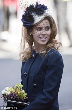 Princess Beatrice takes inspiration from Kate Middleton on first solo engagement with Queen | Mail Online