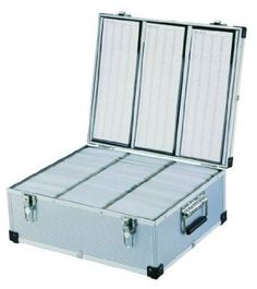 neo aluminium cd or dvd storage box with sleeves holds upto 630 disks