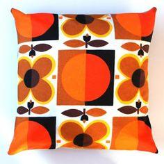 C. Dianne Zweig - Kitsch 'n Stuff: Groovy Flower Power Pillows Made From Plonka Home Of Norway