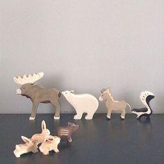 Découvrez nos Figurines en bois - HOLZTIGER. Animal en bois peint à la main. Animal de nos forêts et campagnes. Jouet en…