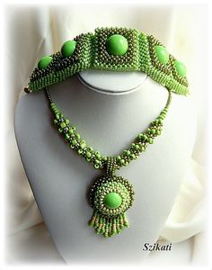 Right Angle Weave (RAW) green seed bead bracelet