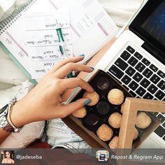Doce sexta-feira... Compre online e receba em casa. www.paperview.com.br #meudailyplanner #dailyplanner #friday #plantheday #plannerlove