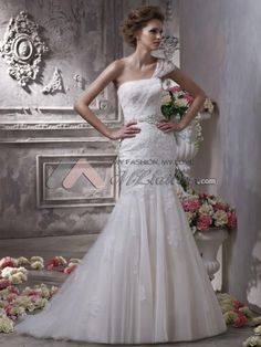 2012 one shoulder mermaid style wedding dress