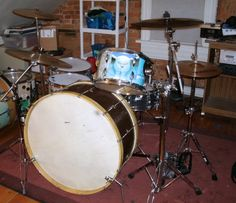 A condensed drum kit with a freakin huge bass drum. I don't need a picture of an owl on my hi-tom, though.