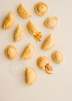This is the ultimate Empanaditas and Pastelitos recipe: 6 filling choices (vegan, cheese, chicken, beef, pork and sweet), and 4 dough choices (vegan, traditional, baked and gluten free).