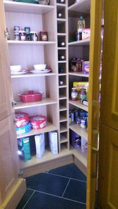 Wickes corner pantry - comes in 14 different ranges. I HAVE TO HAVE THIS!