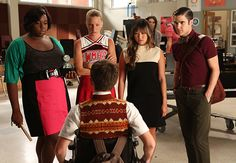 Well Gleeks everywhere are starting to say that they are about to scream because they cannot wait until Glee Season 4 to return so they can see their beloved character and couples. Spoiler alert! Not every Glee couple will continue to be together. Also every Glee Club senior is vying for top position of New Directions. Who will it be? So if you want some teasers then read on to see what's up on first episodes of Glee.