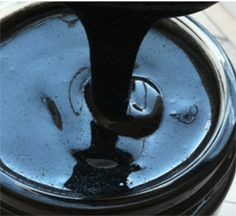 Charcoal Face Mask To use activated charcoal on your skin, combine 1 teaspoon of activated charcoal, 1 teaspoon of rosewater, 1 teaspoon of aloe vera gel, & 1/4 teaspoon of sea salt. Mix these ingredients together until you have an even consistency. Apply to your skin, let it dry, and then rinse off. Your skin will feel amazing.