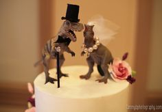 Always and Forever Wedding Cake Topper, Gold Rhinestone Romantic Decoration (Always & Forever) (Gold) - Ideal Wedding Ideas Our Wedding, Dream Wedding, Wedding News, Gothic Wedding, Wedding Venues, T Rex Cake, Dinosaur Wedding, Funny Wedding Cakes, Wedding Topper