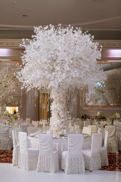 Top 10 Luxury Wedding Venues to Hold a 5 Star Wedding - Love It All Tall Wedding Centerpieces, Winter Wedding Decorations, Floral Centerpieces, Reception Decorations, Wedding Themes, Event Decor, Wedding Designs, Table Decorations, Wedding Banners
