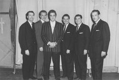 Elvis with Denver Crumpler, Les Roberson, Hovie Lister, Doy Ott and Jim Wetherington Photo possibly backstage at Ellis Auditorium, Memphis - December 1956 Of many gospel influences on young Elvis Presley, it's fair to say the impassioned performances of the mid-fifties edition of the Statesmen Quartet with Hovie Lister are right at the top. Elvis seemed to embrace the best qualities of all four singers, most especially lead Jake Hess. circa late 1956/thanks to drjohncarpenterFECC