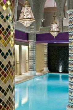 Aswan - Sofitel - Old Cataract - Spa marvelous Indoor pool .