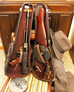 "Thompson 45 cal Machine Gun ""Tommy Gun"" (also known as (The Chicago Typewriter). The mobsters choice for the Tommy Gun changed the minds of the military, who had originally discounted the weapon because of the complaints of the inaccuracy beyond 50 yards. Weapons Guns, Guns And Ammo, Real Gangster, Gangster Style, Violin Case, Hp Lovecraft, Submachine Gun, Cool Guns, Awesome Guns"