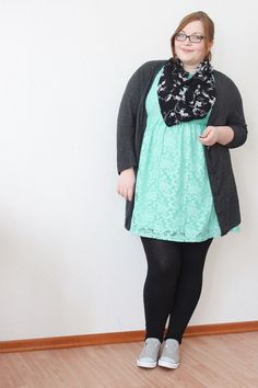 mint dress with leggings | ... .de // Plus Size Fashion | Three Ways to Wear a Mint Lace Dress #PlusSizeDressesWithLeggings