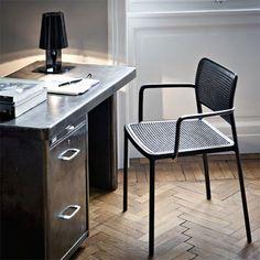 Kartell Take Tischleuchte zu kaufen bei http://www.flinders.de/kartell-design/