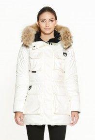 Kanuk #FashionAndTheCity http://blog-and-the-city.com/le-manteau-dhiver-quil-vous-faut-est-assurement-ici/