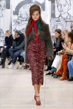 Sfilata Miu Miu Parigi - Collezioni Autunno Inverno 2018-19 - Vogue