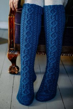 Long Socks with Cables Free Knitting Pattern. Skill Level: Intermediate Warm cabled long socks perfect for Winter! Free Pattern More Patterns Like This! Cable Knit Socks, Woolen Socks, Cable Knitting, Knitting Blogs, Knitting Socks, Knitting Patterns Free, Knit Patterns, Free Knitting, Lace Socks