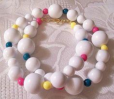 White Bead Necklace Gold Tone Vintage Avon 1989 Club Capri 20 Inch Choker #vintagejewelry #vintagewhitepastelnecklace #vintagebeadnecklace #prettyjewelrythingsstore