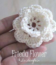 seidenfeins Dekoblog: Anleitung für die Häkelblüte Frieda * Crochet flower Frieda Tutorial