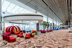 What to do in Changi Airport? — Top 9 best things to do in Changi Airport, Singapore - Living + Nomads – Travel tips, Guides, News & Information! Singapore Changi Airport, Singapore City, Singapore Travel, Stuff To Do, Things To Do, Travel News, Travel Goals, Travel Hacks, Travel Agency