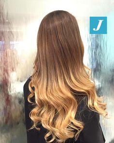 Gold Shades _ Degradé Joelle  #cdj #degradejoelle #tagliopuntearia #degradé #igers #musthave #hair #hairstyle #haircolour #longhair #ootd #hairfashion #madeinitaly
