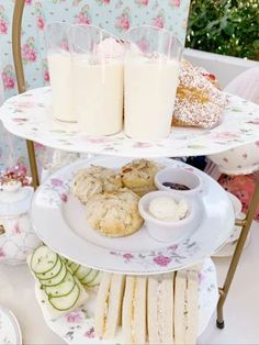 tea party baby shower food Finger Sandwiches, Tea Party Baby Shower, New Baby Girls, Hello Gorgeous, Girl Shower, Catering, New Baby Products, Best Gifts, Sweet