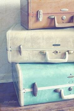 Luggage。Travel。Abroad。