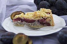 Zwetschgenkuchen mit Mohnquark + Butterstreuseln 1