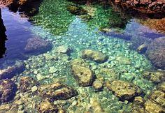 """Sant'Alessio (ME) - Le incredibili trasparenze delle """"piscinette"""" naturali sotto la minuscola frazione di Santa Margherita   da Lorenzo Sturiale"""