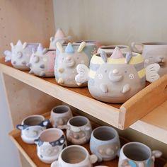 Diy Clay, Clay Crafts, Ceramic Pottery, Pottery Art, Clay Design, Clay Art, Polymer Clay, Sculptures, Ceramics