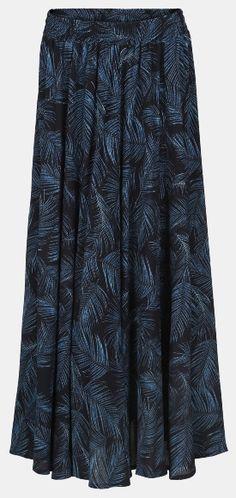 Woven crepe viscose blue w palm leafs - Stoff & Stil