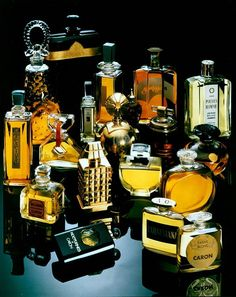Caron Perfumes, one of my favorite perfume houses. Lalique Perfume Bottle, Perfume Ad, Antique Perfume Bottles, Solid Perfume, Parfum Caron, Caron Perfume, Boutique Parfum, Pheromone Perfume, Yves Saint Laurent