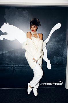 リアーナがプーマのクリエイティブディレクターに就任 ウィメンズトレーニングを監修 | Fashionsnap.com