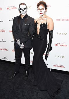 Jennifer Lopez and Casper Smart attended Heidi Klum's 16th Annual Halloween Party on Oct. 31 in NYC, wearing glamorous skull makeup; get all the details from their makeup artist here!